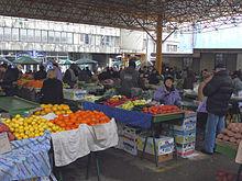 Markale. Mercado local en el centro de Sarajevo