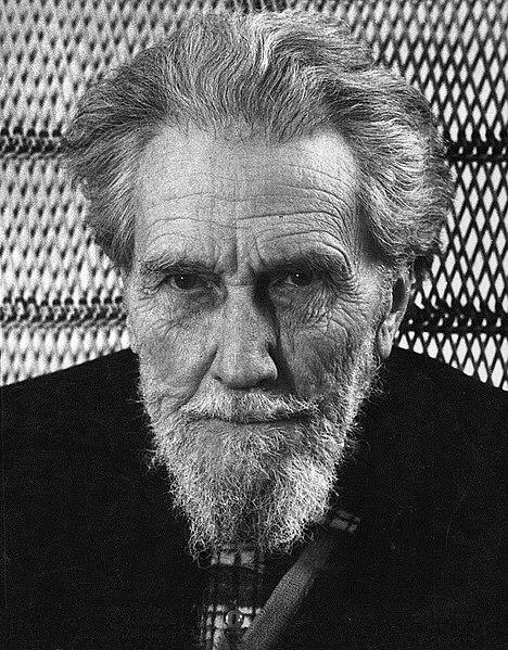 Foto De Ezra Pound. Fuente Wikimedia